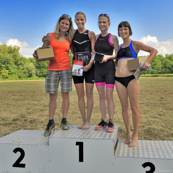 Kategorie ženy nad 35 let: 1. Ježková, 2. Hendrychová, 3. Pikešová, 4. Fílová